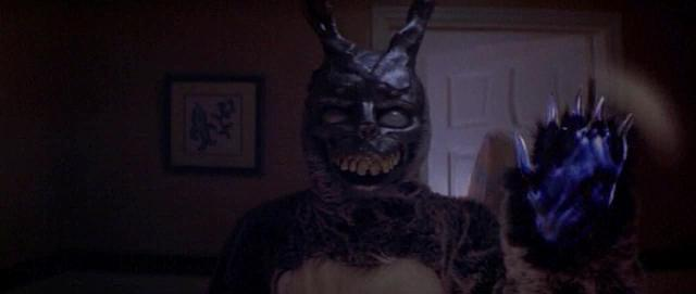 Click to watch the Donnie Darko trailer at Zuguide.com