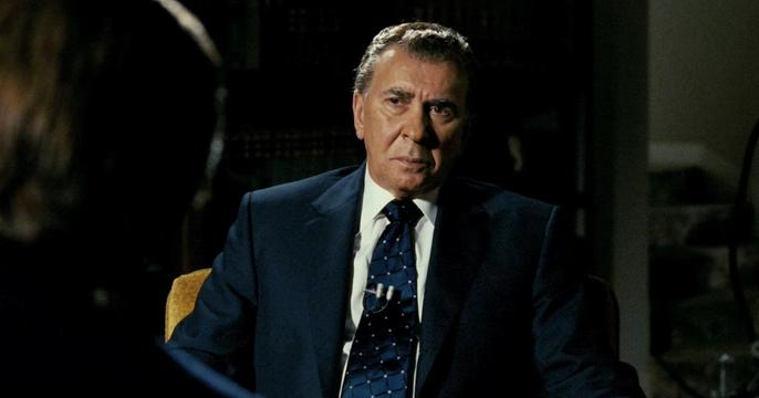 Click to watch the Frost/Nixon trailer at Zuguide.com